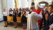 Bierzmowanie wparafii św.Marii Magdaleny wOżarowie