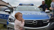 Rodzicu, niestrasz dziecka policjantem!
