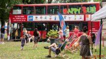 """""""Happy Bus 2021"""" zagościł wwieluńskim parku"""