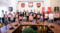 """Konkurs """"Flaga Polski wmoim otoczeniu"""" – rozstrzygnięty"""