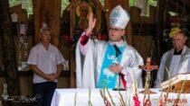 Msza święta wDolinie Objawienia przyciągnęła setki wiernych