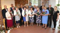 12 par zGminy Wierzchlas odznaczonych za50 lat pożycia małżeńskiego