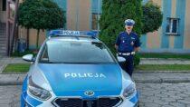 Wieluński policjant eskortował potrzebujące pomocy dziecko doszpitala